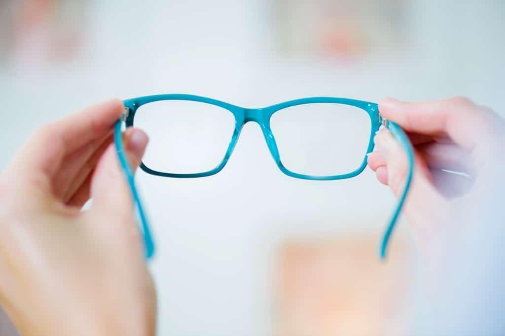 Spectacle lenses for driving - Reglazemyspex