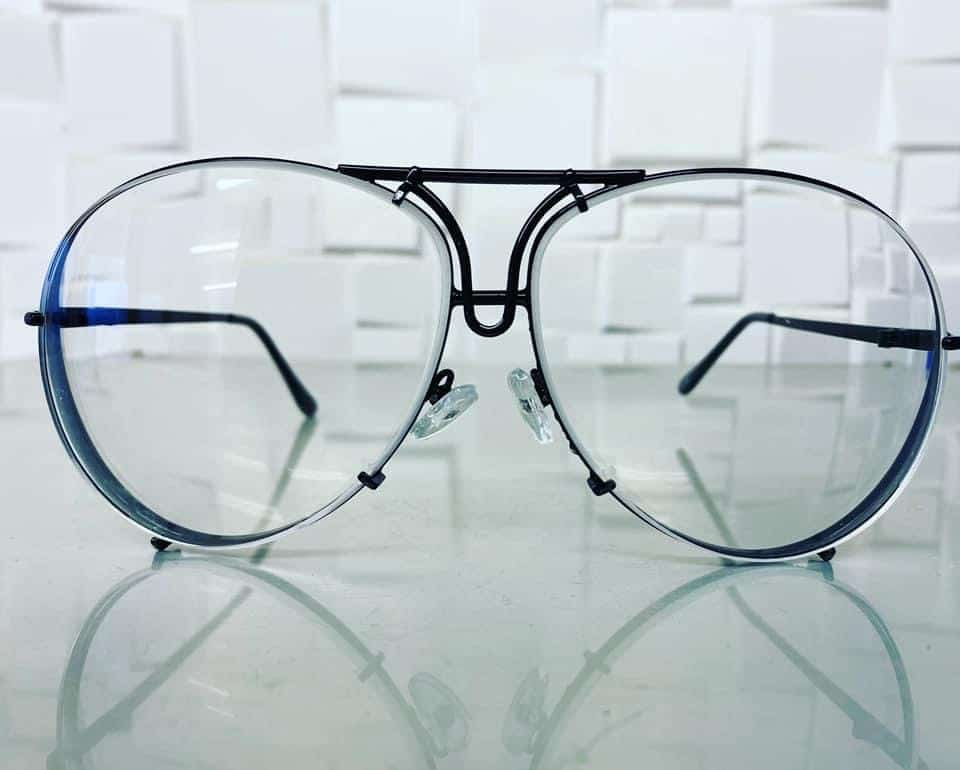 Single Vision Distance Lenses With Anti Scratch Coating